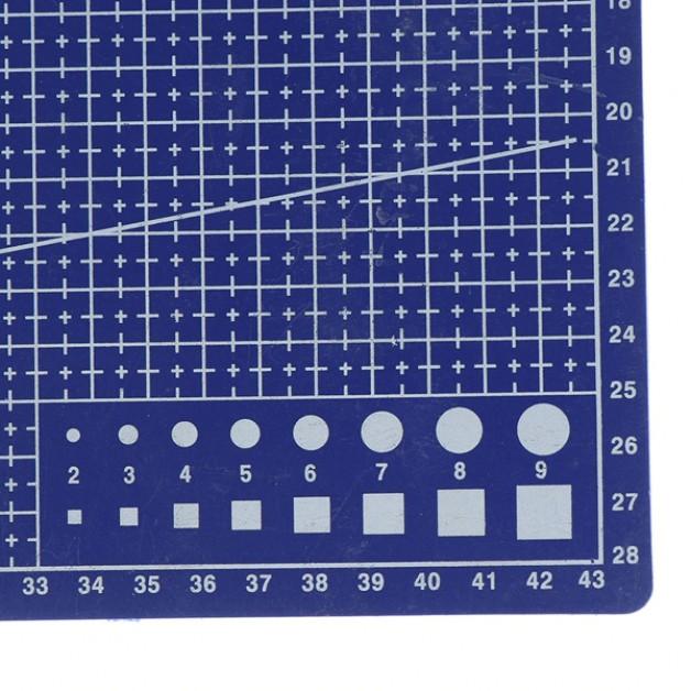 Cutting mat A3 (45cm x 30cm)