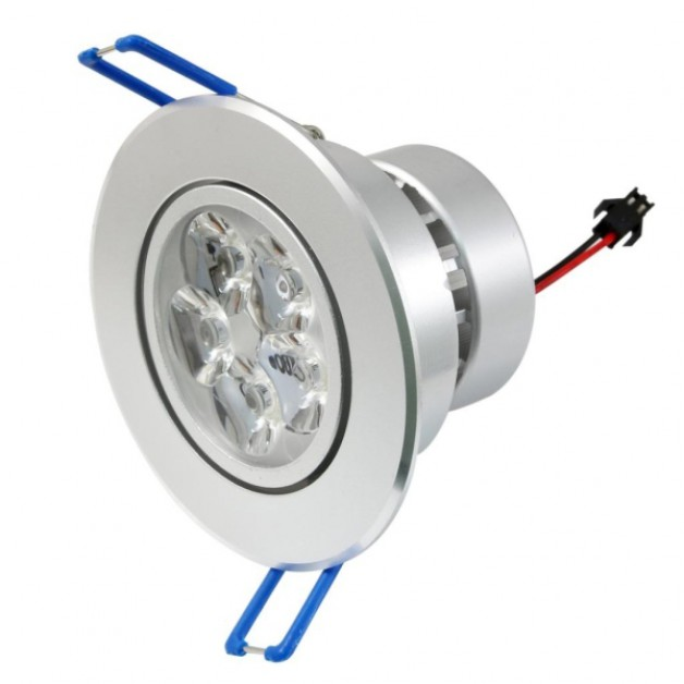 15 Watt Dimmable warm white recessed spotlight